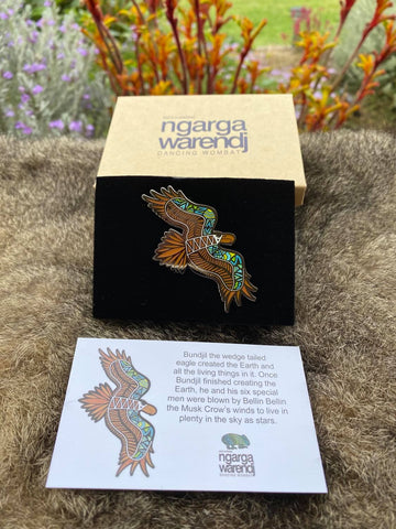 Add a finishing touch to any outfit, with this Lapel Pin featuring a Bunjil the Wedge Tailed Eagle design by Ngarga Warendj Dancing