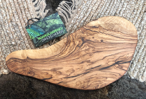 OLIVEWOOD BAGUETTE BOARD 1 - GUM LEAVES DESIGN