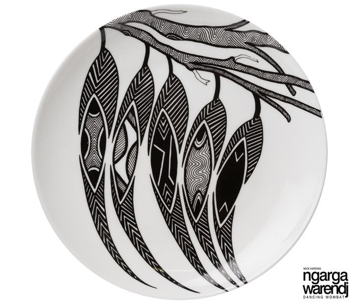 "NGARGA WARENDJ DANCING WOMBAT BONE CHINA 7"" PLATE with GUM LEAVES"