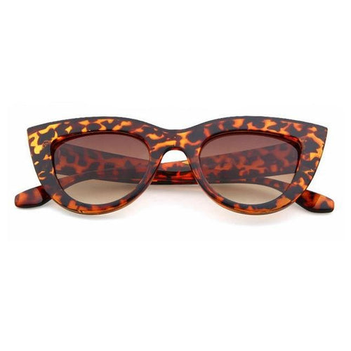 Yvonne Large Frame Retro Cats Eye Sunglasses 9 Colors