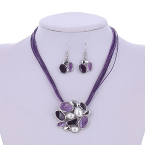 Vintage Flower Simulated Pearl Leather Necklace and Earrings Set
