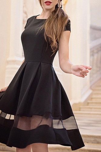 Black Round Neck Patchwork Short Sleeve Skater Dresses