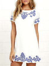 Load image into Gallery viewer, Round Neck  Printed Shift Dresses