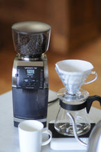 Load image into Gallery viewer, Baratza Vario-W Flat Burr Grinder