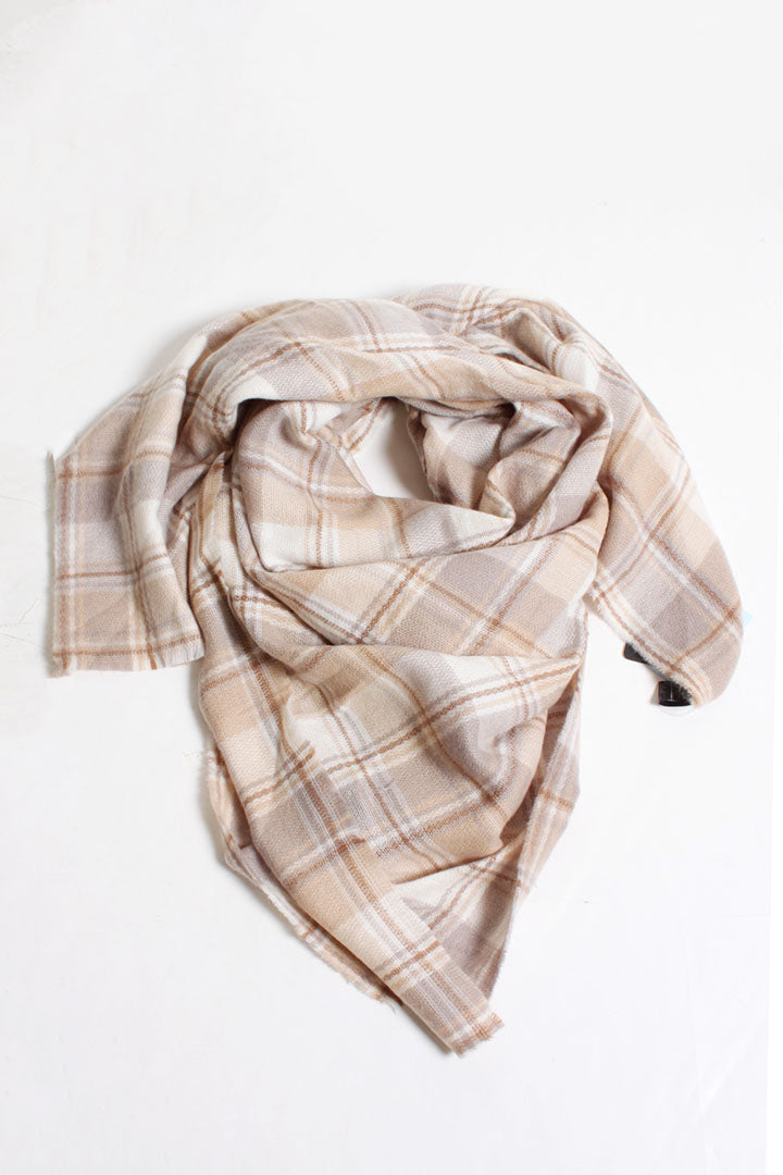SNSFQW9025 - Square Woven Checkered Scarf - David and Young Fashion Accessories