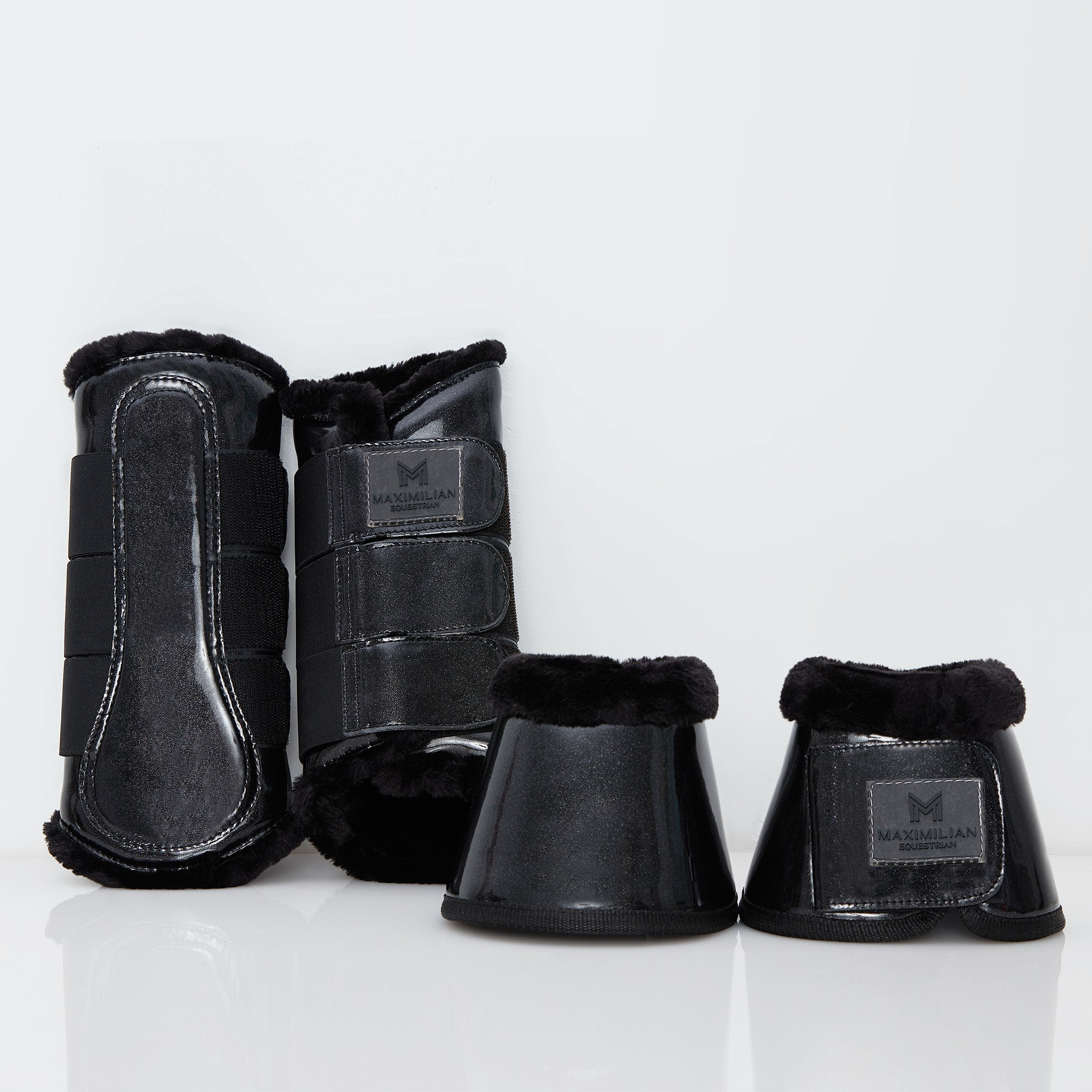 Glossy Glitter Brushing Boots (Black)