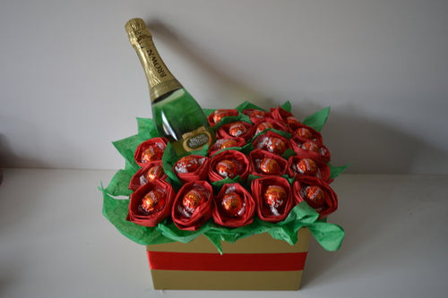 Chocolate Lindt & Roses Moscato Bouquet - Red