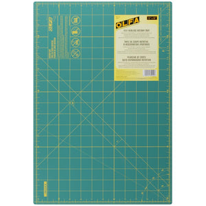 OLFA Gridded Cutting Mat 30x45 cm