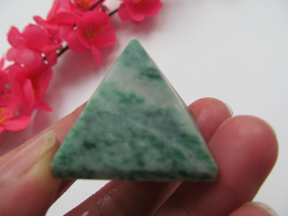 28mm Natural Stones Amazonite Crystal Pyramid