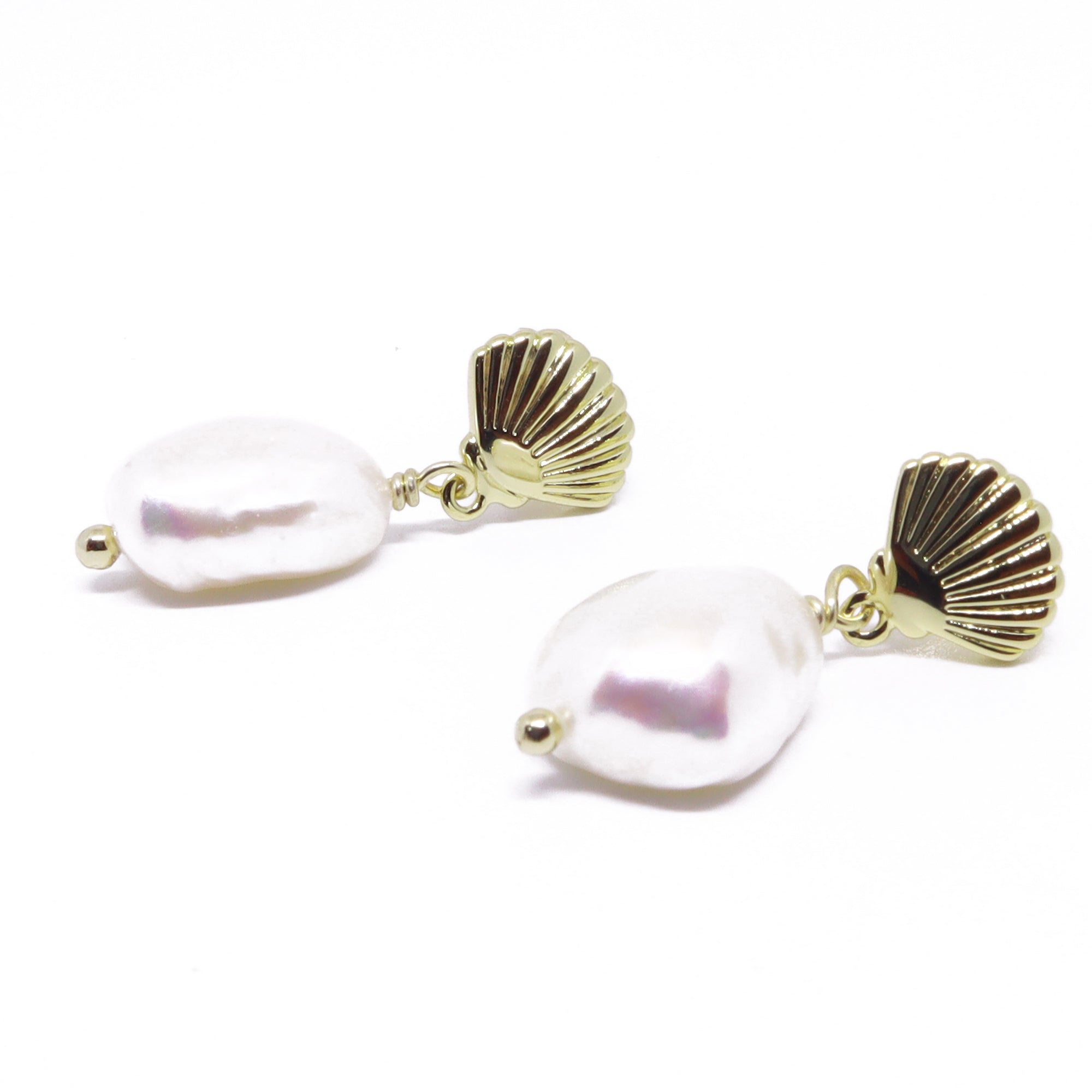 Bara Shell Earrings