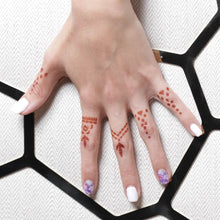 Load image into Gallery viewer, Aria - close up of finger henna tattoos