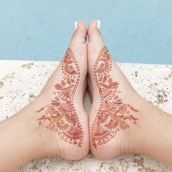 Fawn - henna design on feet