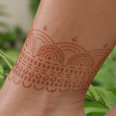 Mihenna's Hera henna tatto on ankle