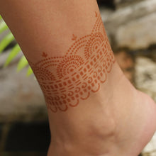 Load image into Gallery viewer, Hera - henna design on ankle