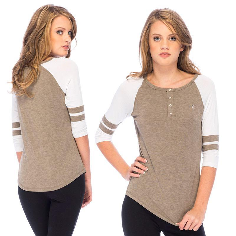 RDS WOMENS 3/4 HENLEY HALFBACK