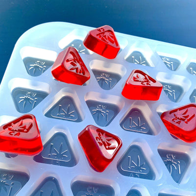California state THC logo embossed gummy mold with triangle shaped cavities