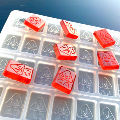 silicone gummy mold engraved with California state thc logo
