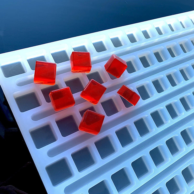 3ml Square Gummies on silicone mold - Universal Depositor - 152 Cavity - Vector Molds
