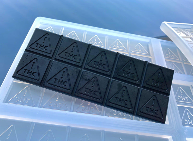 silicone chocolate bar mold with Nevada state THC logo, quarter sheet
