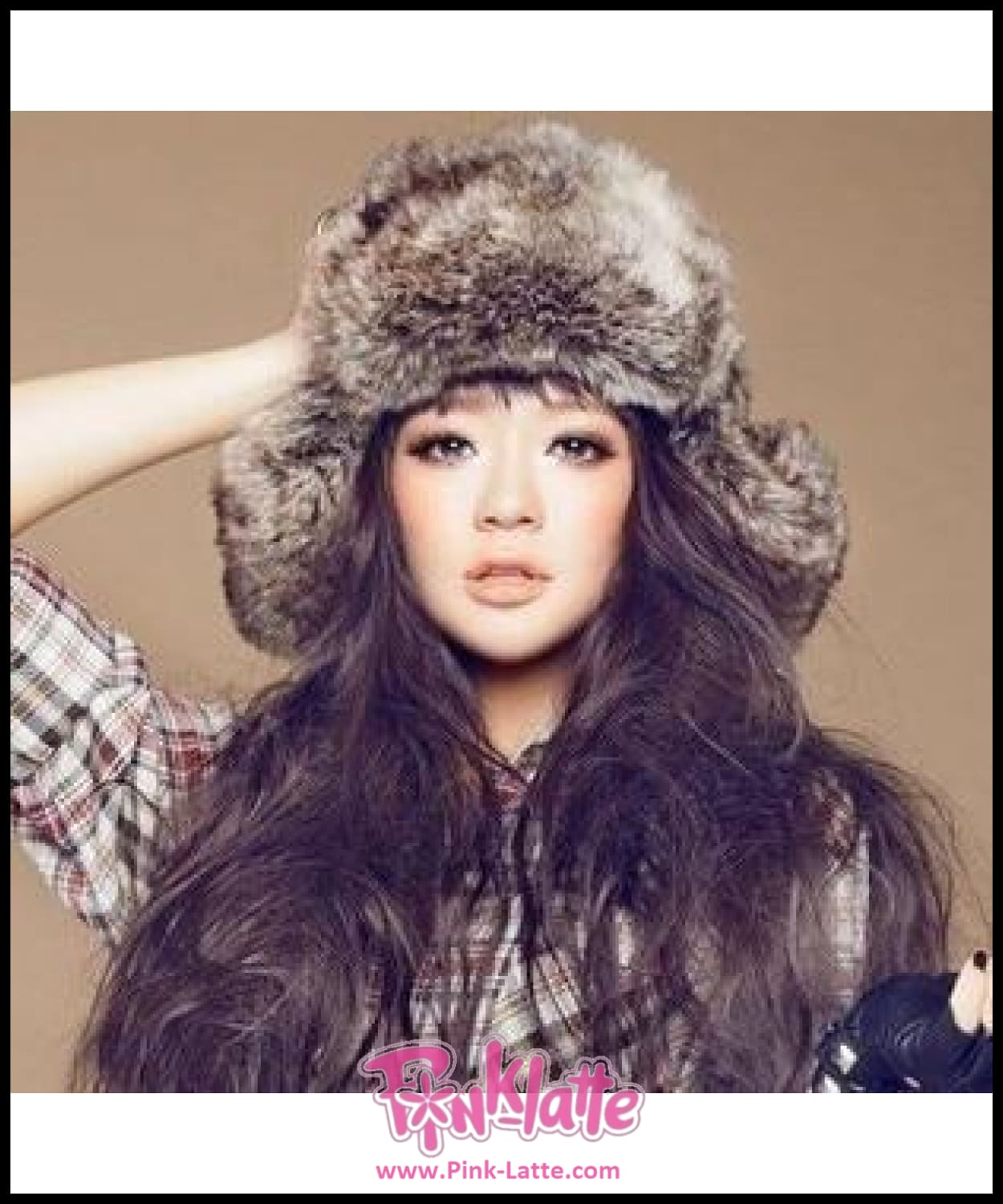 37bba49b0f4 Top Quality Faux Fur Fox Women Russian Fur Hat With Ear Thick Keep Warm  Bomber Hats ...