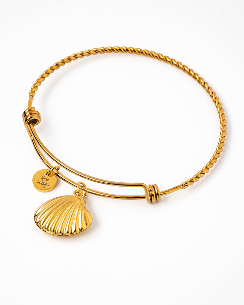 Blaise Bijoux Seashell Twisted Wire Bangle