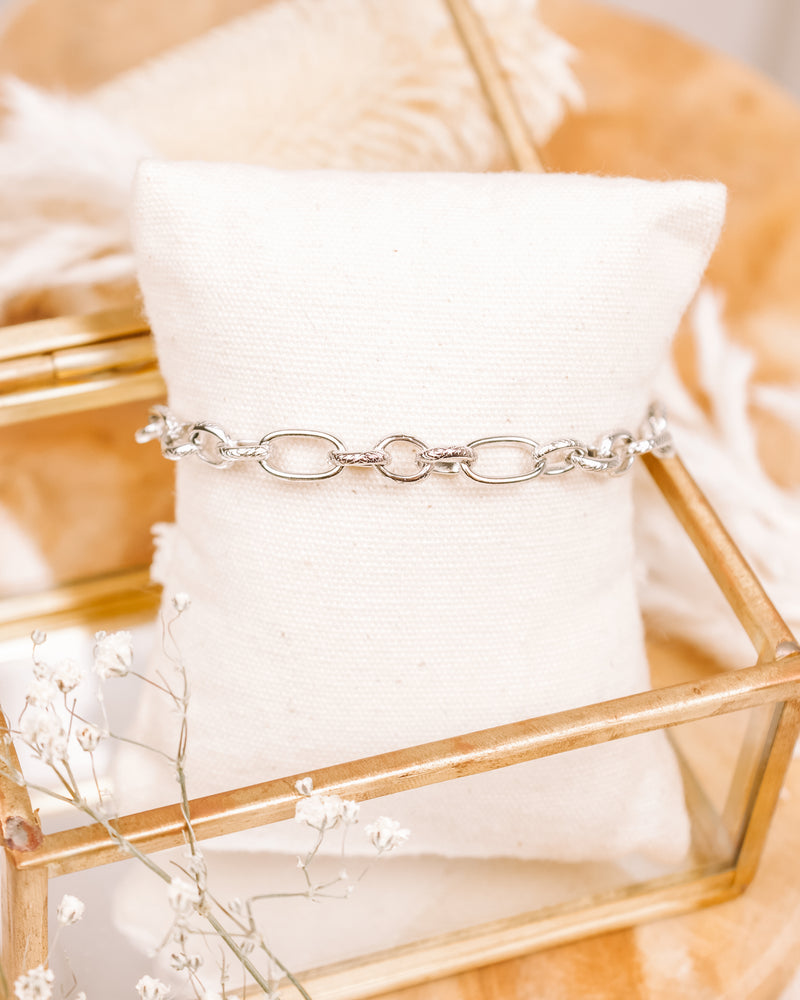 Look Up Chain Bracelet