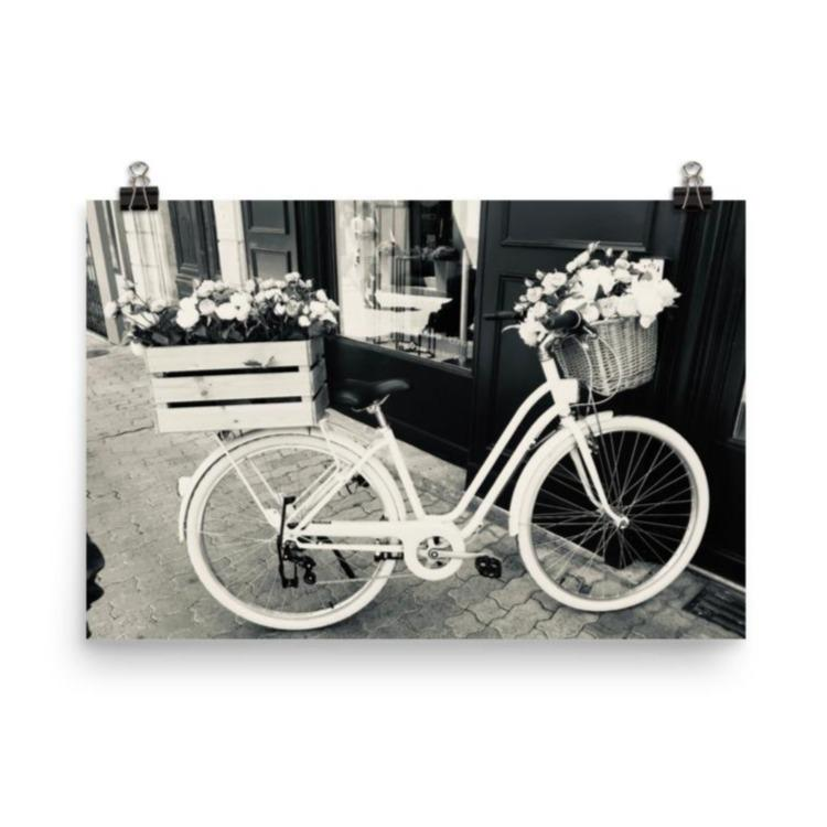Antique Bicycle | Photography Print - Poster from Ainsi Hardi Paris France