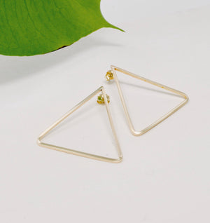Daedal  XL Triangle Studs