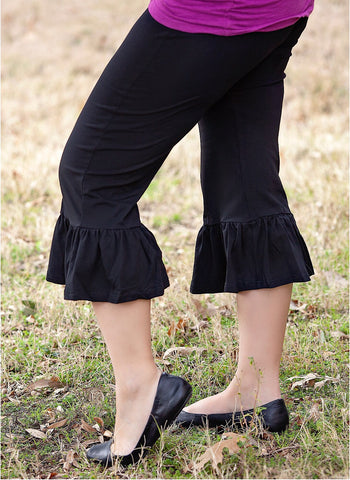 Black Women's Single Ruffle Capris