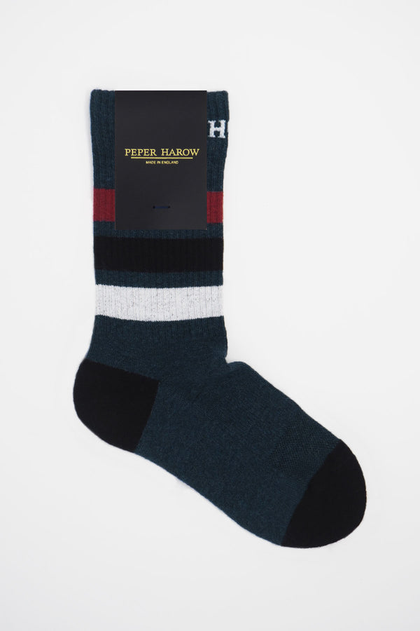 Peper Harow navy organic cotton men's sport socks in packaging