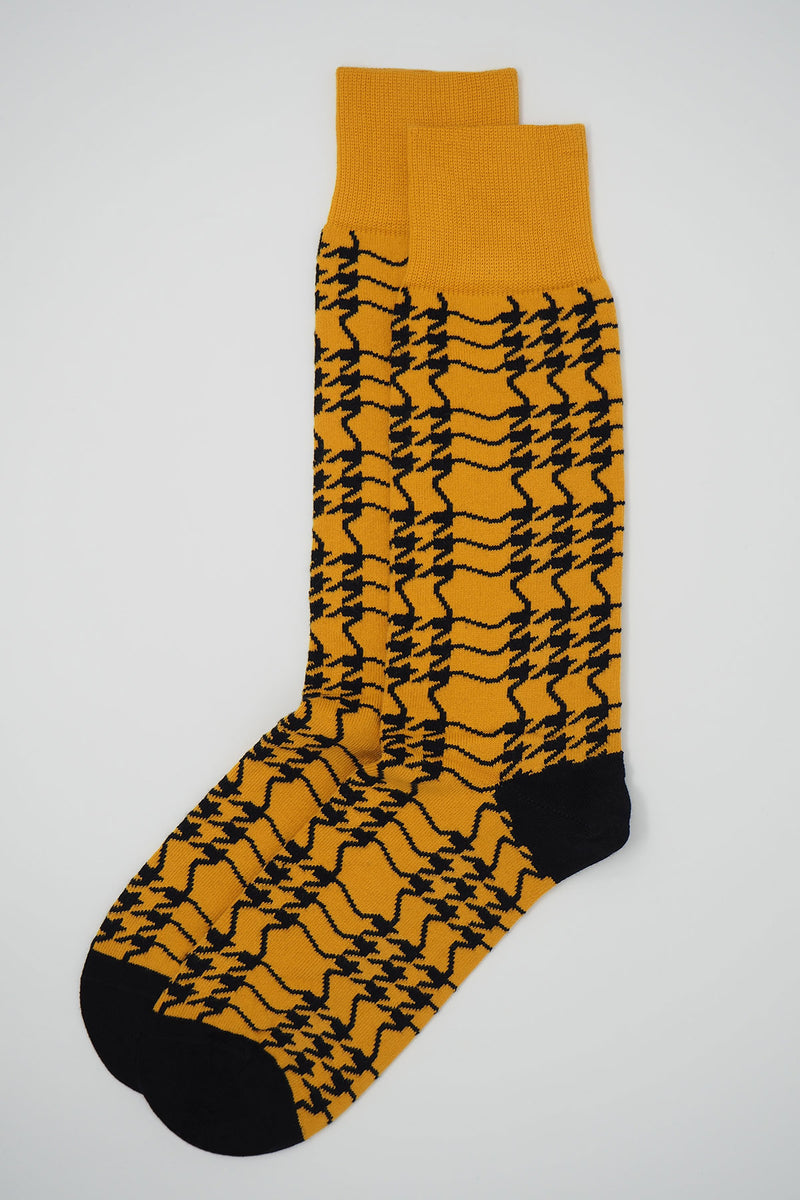 Peper Harow butterscotch Houndstooth men's luxury socks