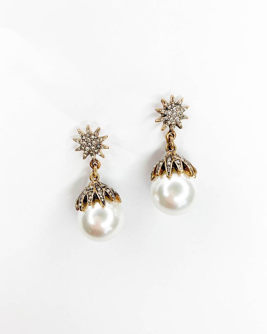 Astra Pearl Earrings