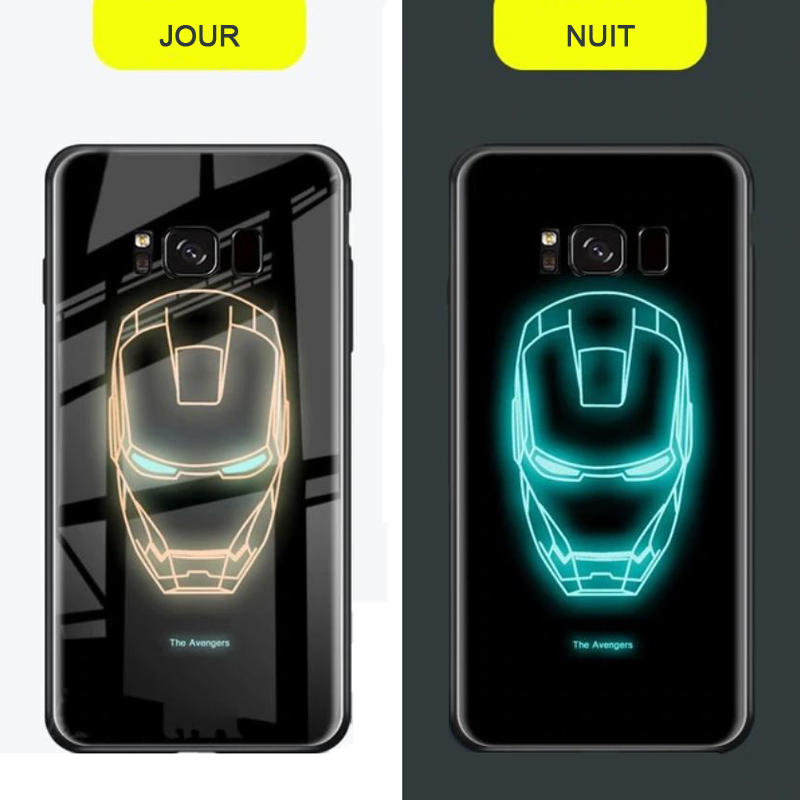 Coques Avengers lumineuses