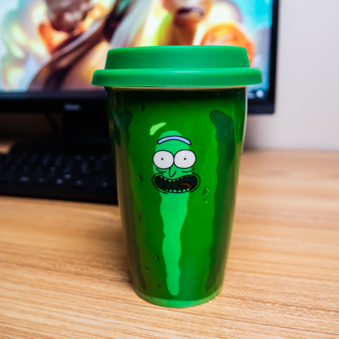 "Mug de voyage Rick et Morty ""Pickle Rick"""
