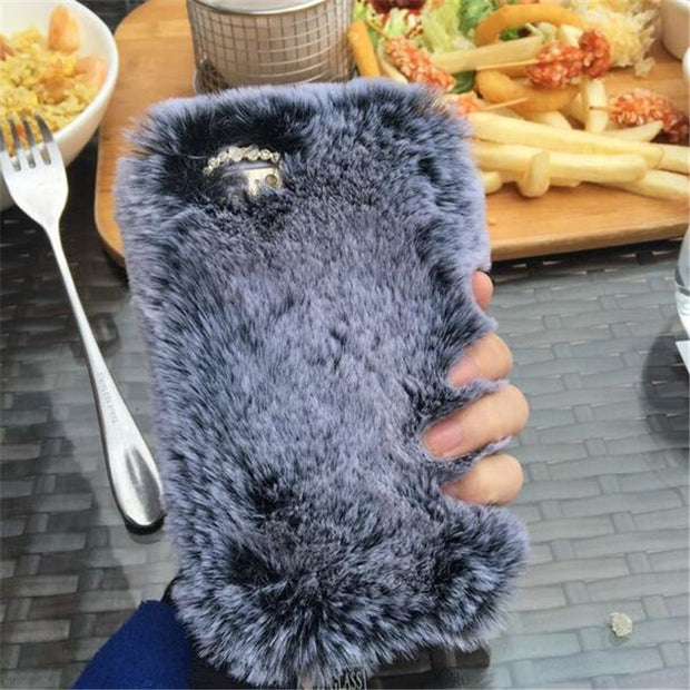 UVR For Iphone X 7 8 6 PLus Mobile Phone Case Cute Fluffy Winter Case Warm Phone Case Fur Silicone Cases Christmas