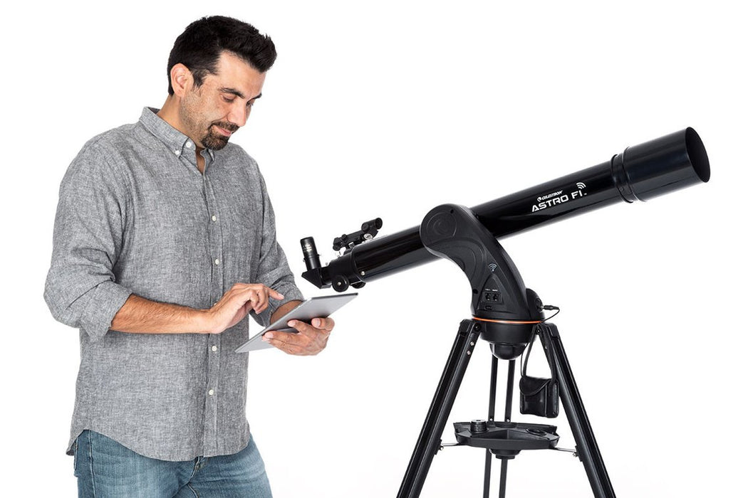 Celestron Astro Fi 90 Refractor Telescope with WiFi Control and user