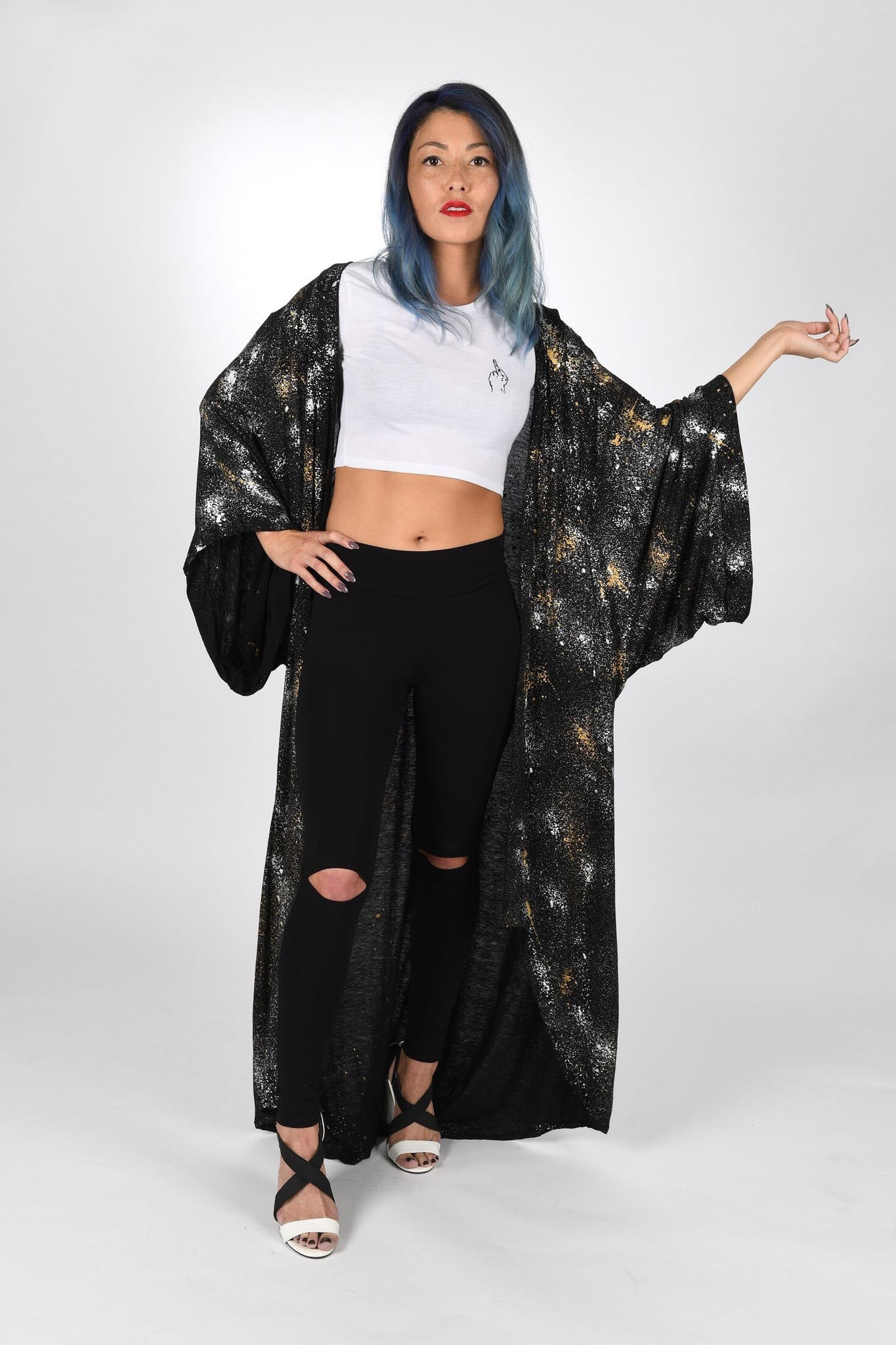 VICTROLA designs | Kimono Duster in Black/Silver/Gold