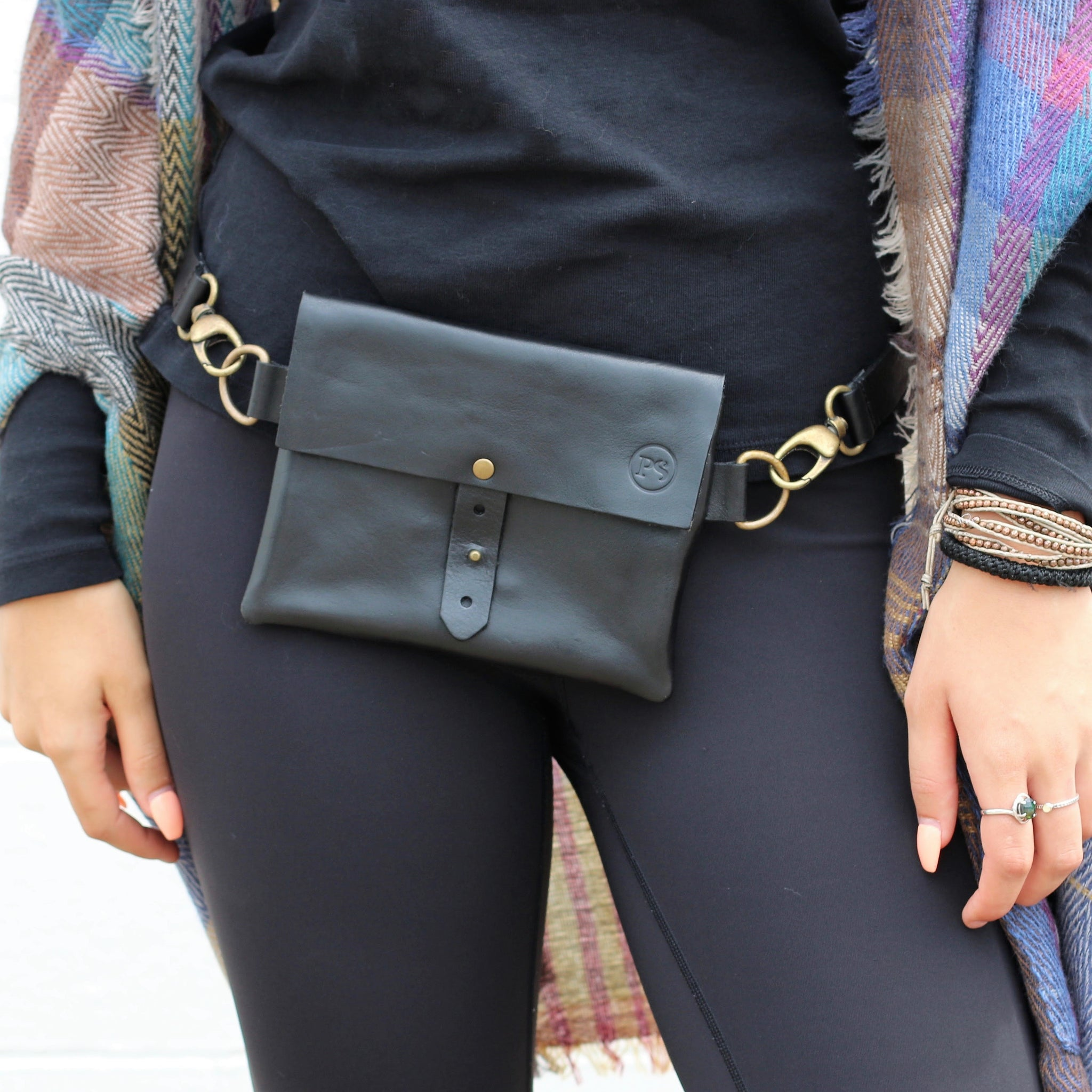 PRETTY SIMPLE | Italian Leather Festival Waist Belt Bag in Black
