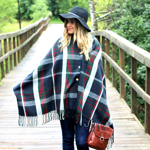 PRETTY SIMPLE | Button Up Poncho Cape in Navy Plaid