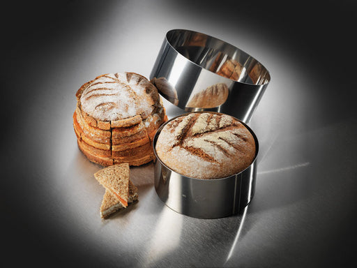 "<img src=""0001736_party-bread-ring.jpg?v=1567959022 "" alt=""Party Bread Ring  Matfer Bourgeat catalog"">"