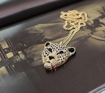 Rhinestone Leopard Head Necklace