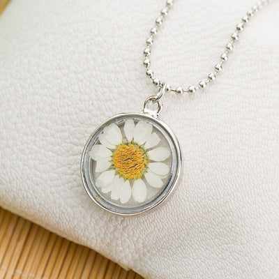 Daisy Dried Glass Pendant Necklaces