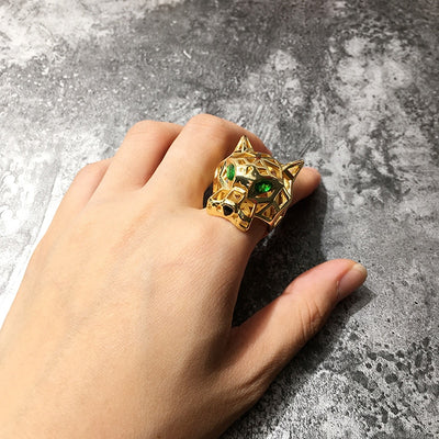 Hollow Green Eye Leopard Ring