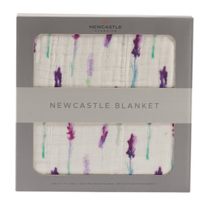 Lavender and White Newcastle Blanket