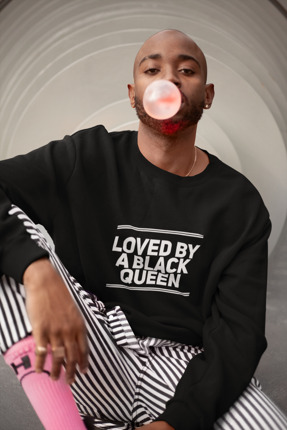 "CREWNECK SWEATER / ""LOVED BY A BLACK QUEEN"""