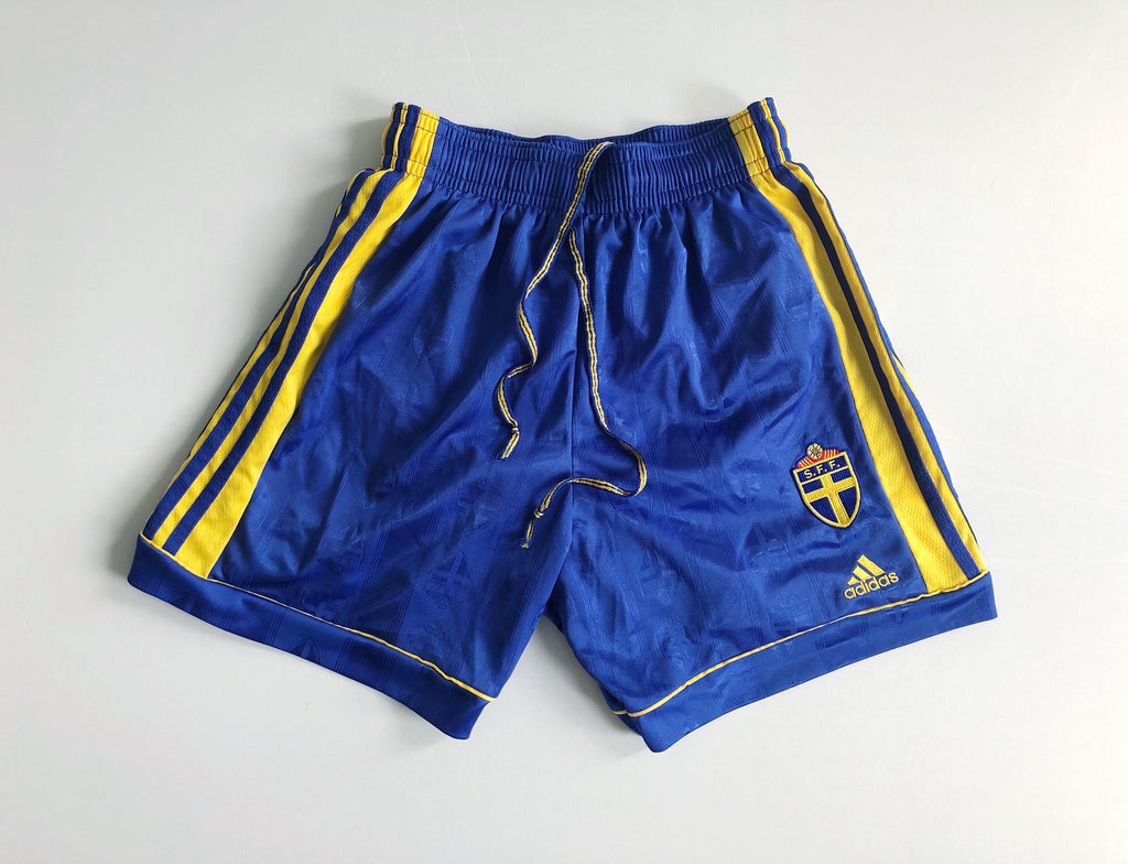 1998/99 Sweden Home Shorts (M) 9/10