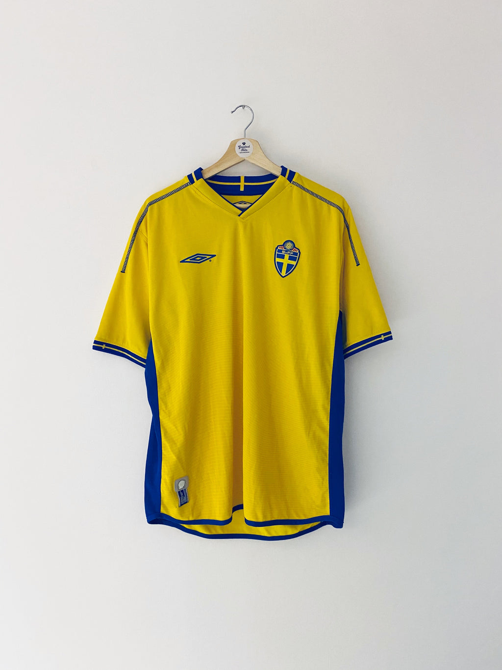 2003/04 Sweden Home Shirt (L) 9/10