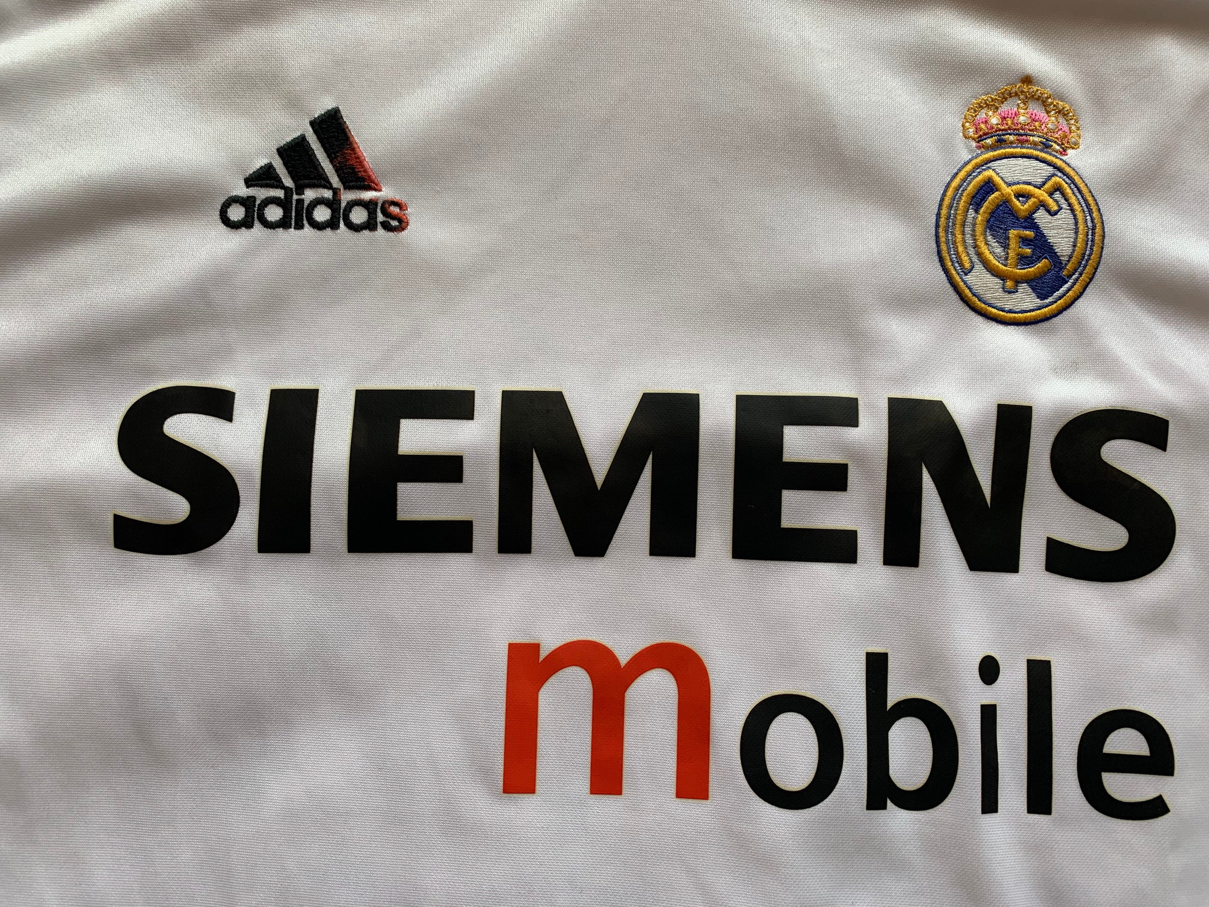 2004/05 Real Madrid Home Shirt (L) 7/10