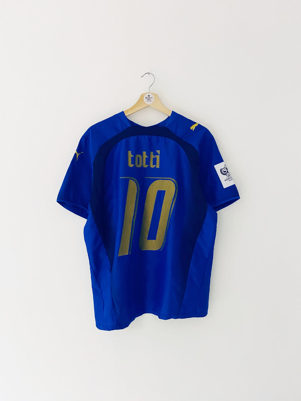 2006 Italy Home Shirt Totti #10 (M) 8.5/10
