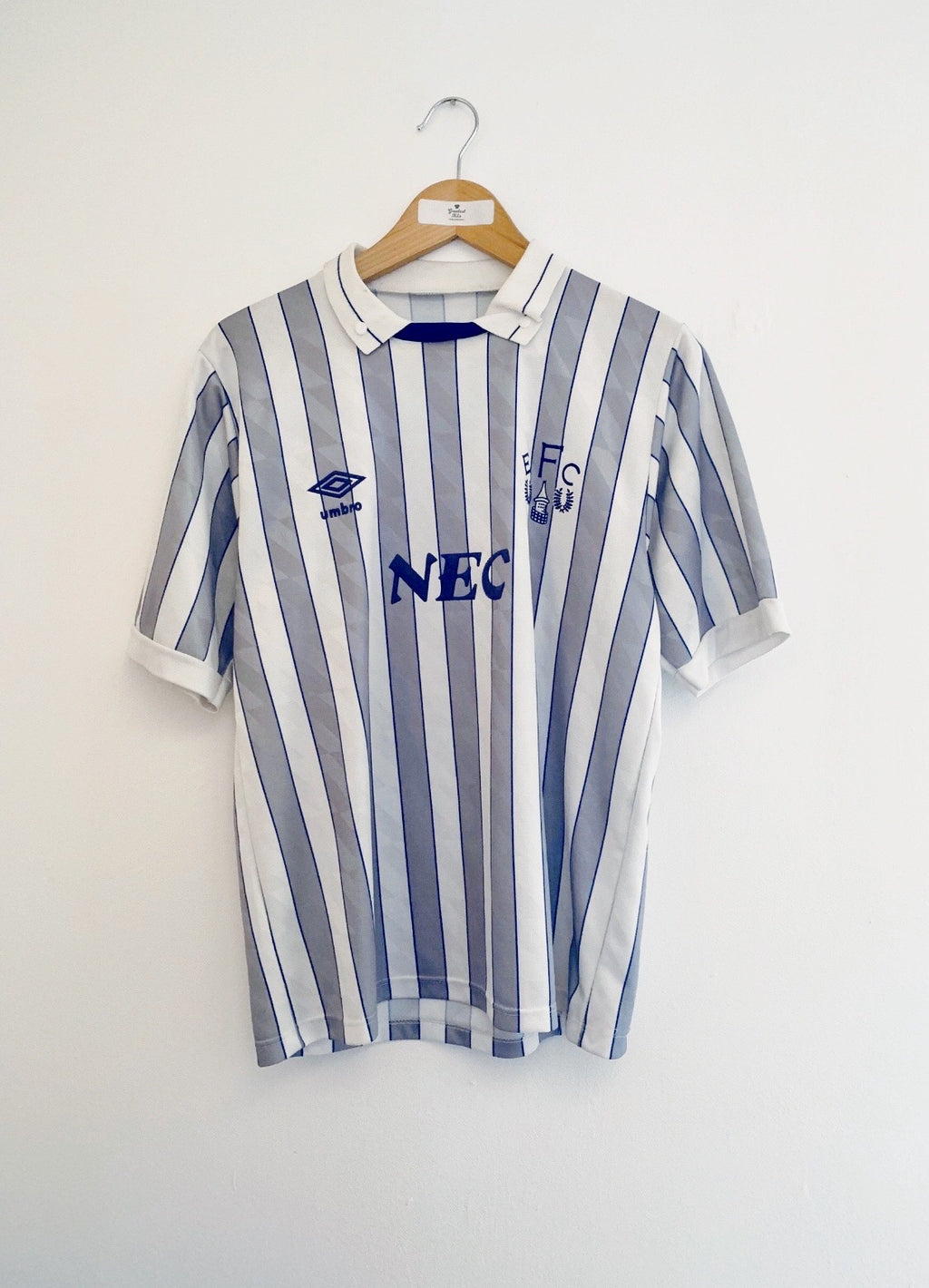 1988/90 Everton Away Shirt #9 *Signed* (M)